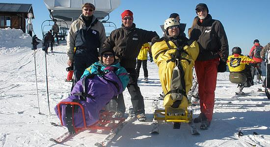 Ook gehandicapten kunnen op wintersport in Morzine © Nico van Dijk
