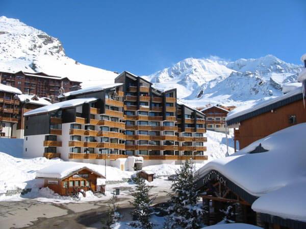 Appartementen aan de piste Les Eterlous Val Thorens © Snowtime.