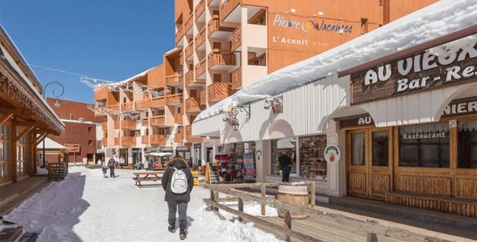 Résidence Aconit: 4 * appartementen aan de piste in Les Menuires