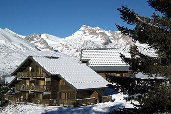 Résidence Les Chalets d'Aurouze in La Joue du Loup © Snowtime