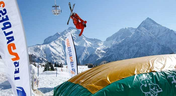 Freestyle in Les 2 Alpes (© OT Les Deux Alpes/B. Longo)