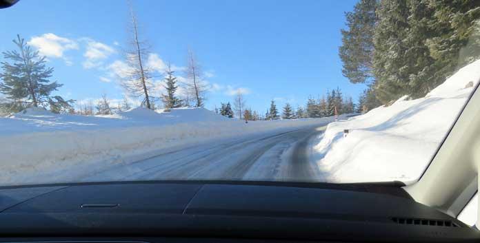 Veilig met de auto op wintersport gaan doen je zo
