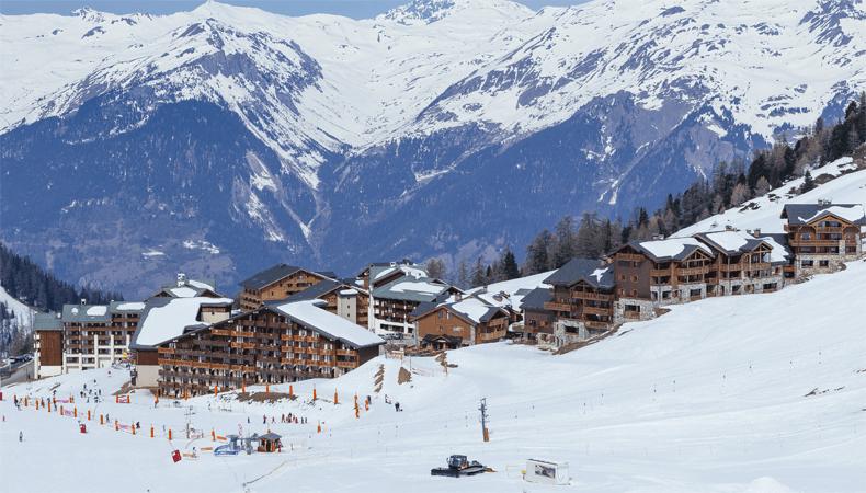 Plagne Soleil, een van de 12 dorpen van skigebied La Plagne. © OT La Plagne /Elina Sirparanta
