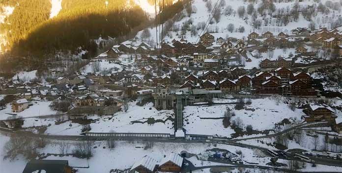 Wintersport in Vaujany: charmant dorp met groot skigebied en veel voorzieningen