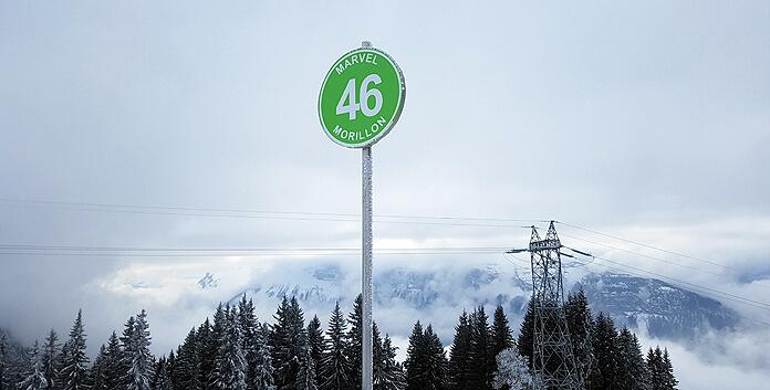 De groene Marvel-piste is een makkelijke piste die grotendeels door het bos terug loopt naar Morillon 1100 Les Esserts © WintersportFrankrijkGids.nl
