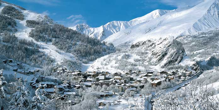 wintersport in Valloire © B Grange/ Valloire Tourist Office
